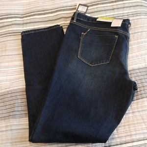 NWT Women's Mossimo Jeans Size 16